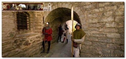 экскурсиях в крепости Ивангород и Копорской крепости на фестивале живой истории